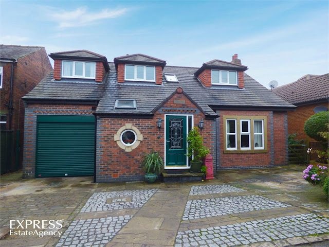 This Is Bradford Property - 4 bed detached house for sale Whitehall Road East, Birkenshaw, Bradford, West Yorkshire BD11