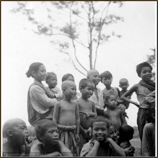 Anak Anak Penduduk Asli Sasak Lombok  Masyarakat Sasak Tempo Dulu