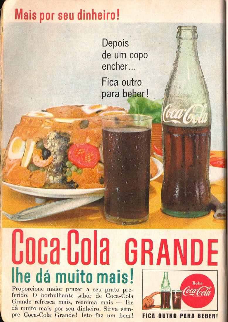 Um novo formato de garrafa era promovida pela Coca-Cola no começo dos anos 60