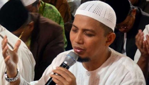 Ahok Tersangka, Ustaz Arifin Ilham: Kita Terus dan Masih Berjuang sampai Memenuhi Rasa Keadilan : Detikberita.co Terhangat Hari Ini