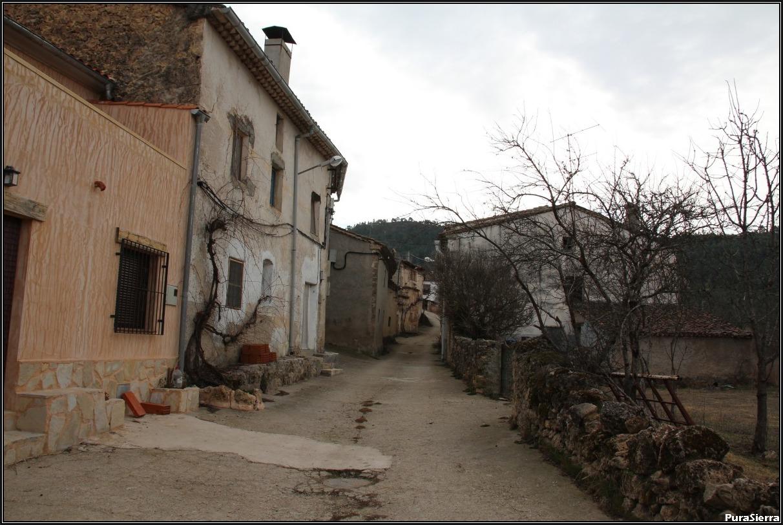 La Herrería De Santa Cristina. Calle principal