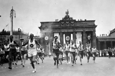 corredores atléticos en los juegos olímpicos de 1936