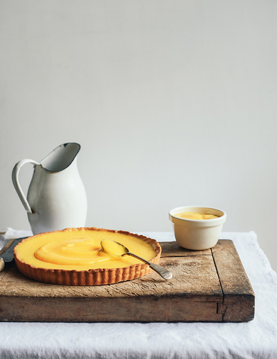Lemon cheesecake tart with lemon curd recipe by From The Kitchen