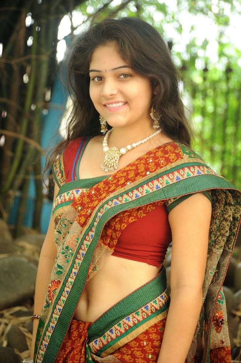 Haritha In Saree Photos Stills - Popular Actress-3691