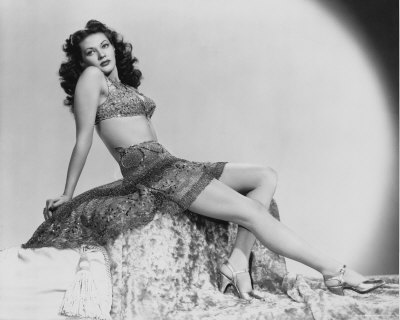 Bunnys Victory Pinup Girl Of The Month October Yvonne De Carlo