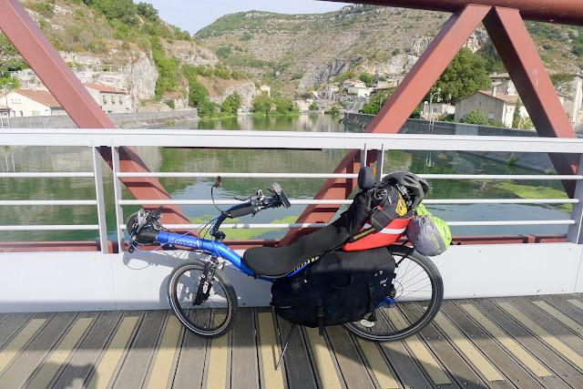 De Paris à Narbonne en vélo, Le Pouzin
