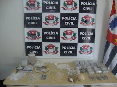 DISE  PRENDE GERENTE DO TRÁFICO DE ENTORPECENTES NO JARDIM PAULISTANO EM REGISTRO-SP