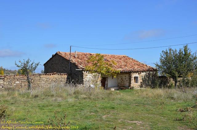 casa-arroyo-cerezo-castielfabib-valencia