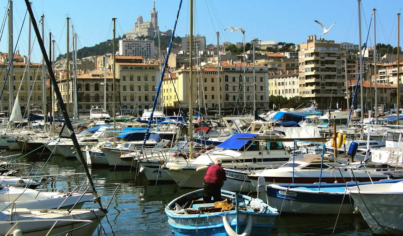 Travel adventures marseilles a voyage to marseilles for Marseille bouche du rhone