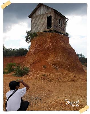 rumah sangkut gunung kupang