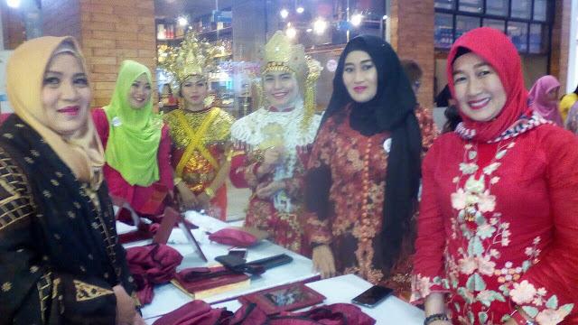 tampil cantik wanita indonesia