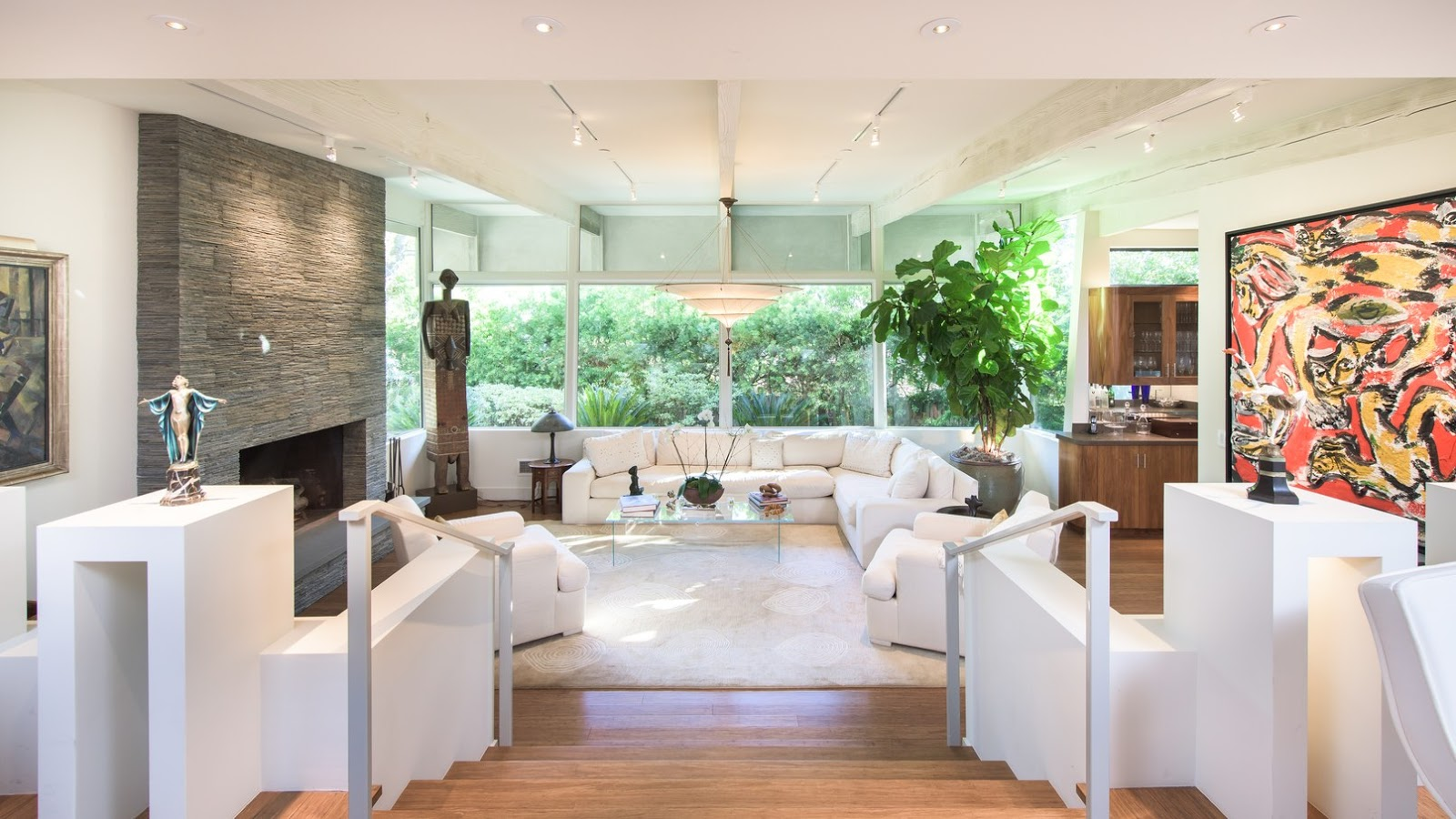 Jane Fonda's gorgeous modern style Hollywood home on Hello Lovely Studi