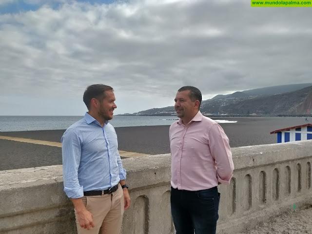 El Cabildo apoya económicamente la dotación de equipamiento y accesibilidad de la playa de Santa Cruz de La Palma
