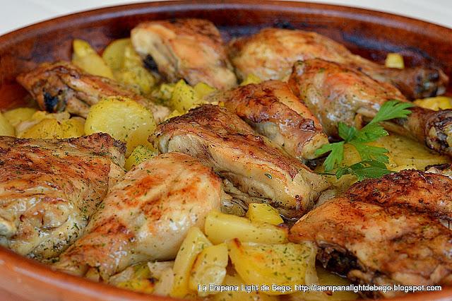 Pollo asado al ajillo con lim n - Pollo al horno con limon y patatas ...