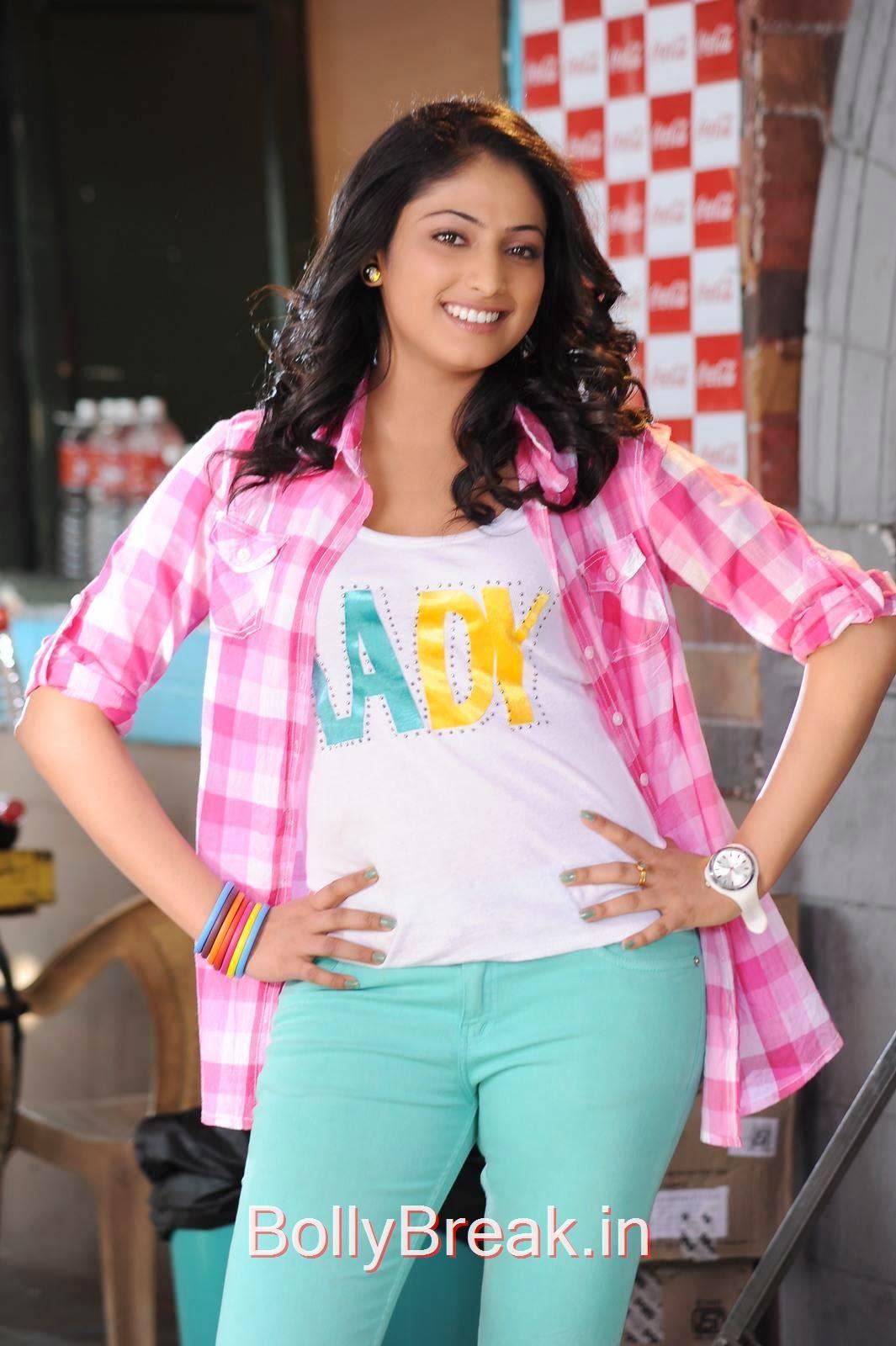 Haripriya Pictures, Haripriya Latest hot photo Stills From Movie Ee Varsham Sakshiga