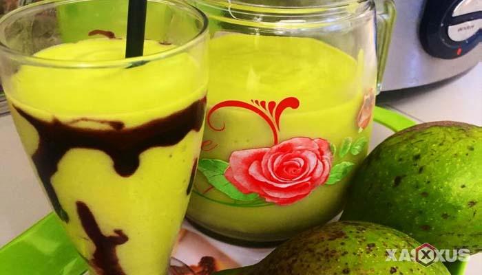 Resep cara membuat jus mangga campur alpukat
