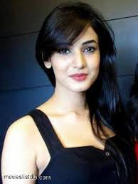 Sonal Chauhan Dating with?