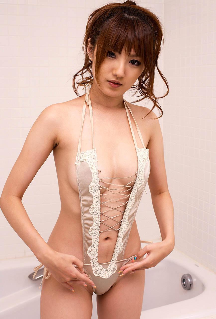 tsubasa amami sexy bikini pics 04