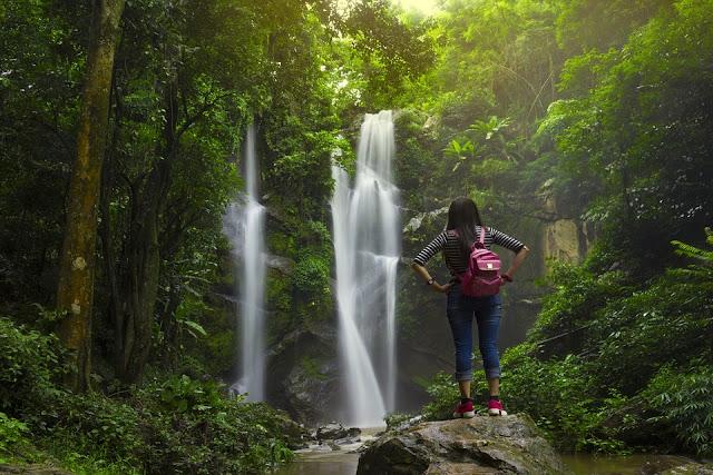 8 Tips Traveling Tanpa Bawaan Berat dan Ribet