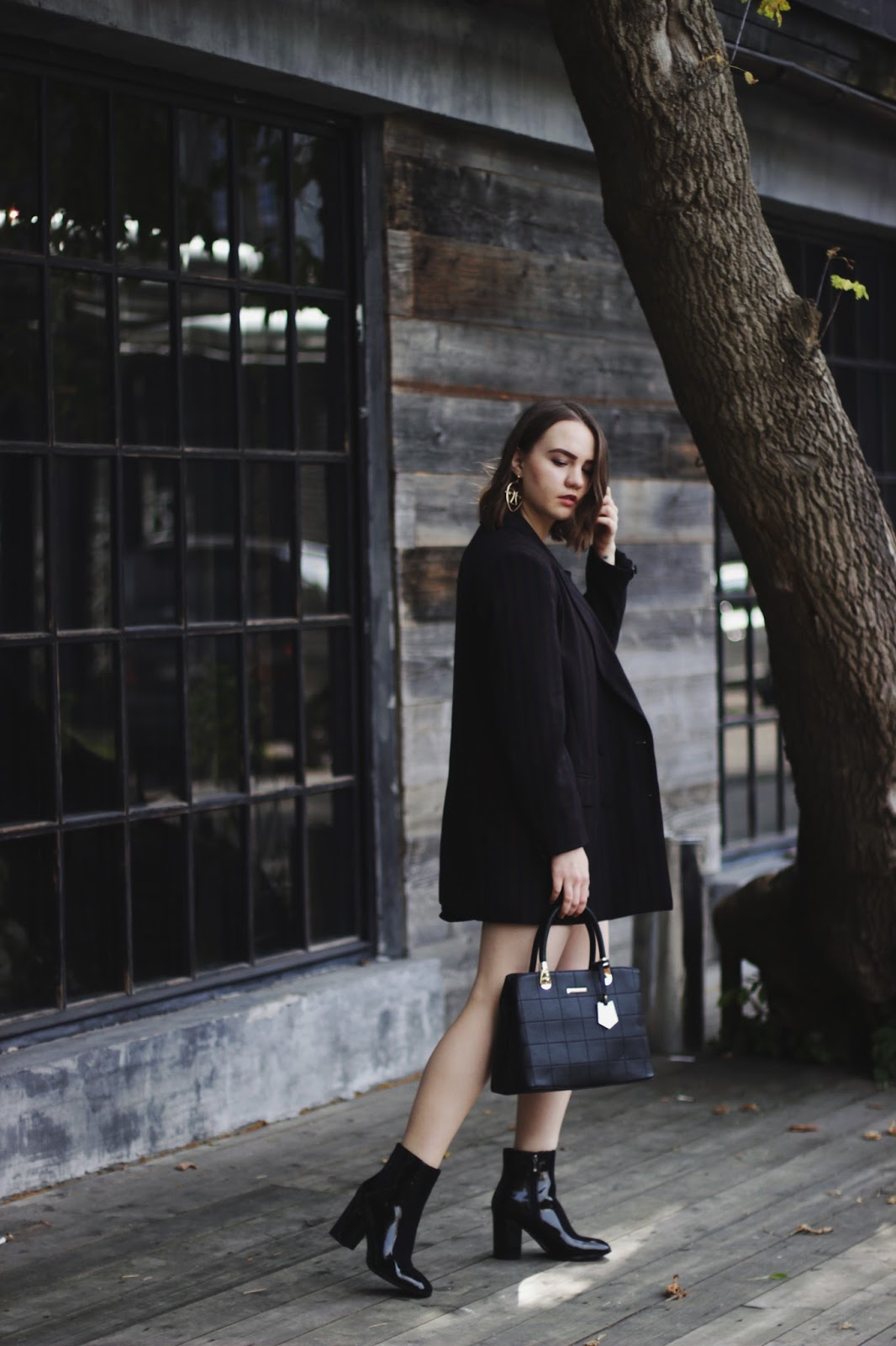 Alina Ermilova | Fashion Blogger | Black Ankle Boots