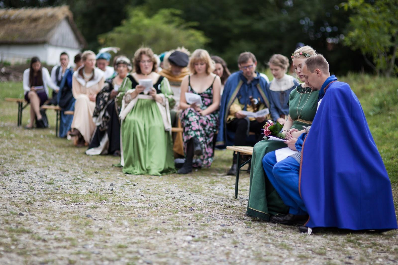 medieval wedding ceremony - HD1600×1067