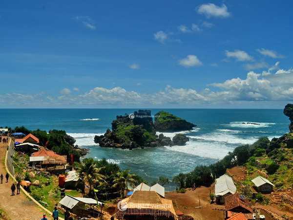 Harga Tiket Masuk, Fasilitas, dan Peta lokasi Pantai Nglambor Gunung Kidul Yogyakarta