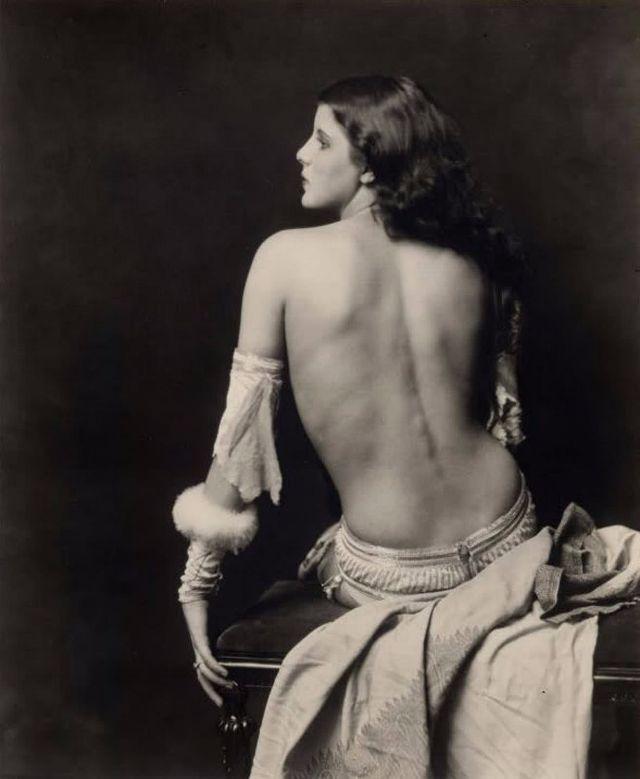 photos nude Gloria swanson