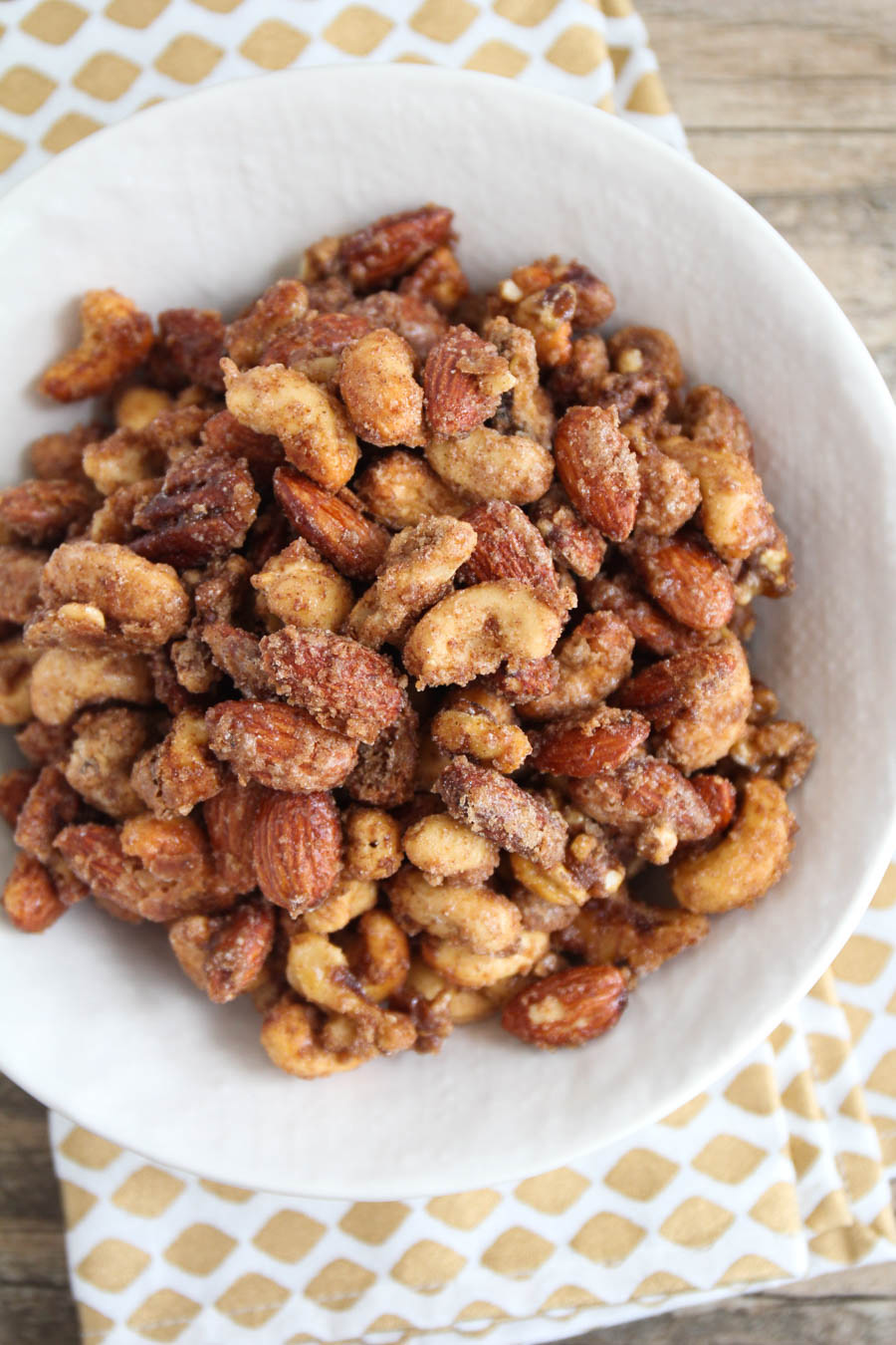 These candied nuts are so addicting and delicious, and incredibly easy to make!