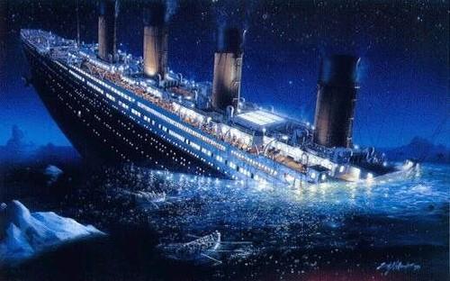 Sự thật có phải tàu Titanic đâm vào băng trôi hay UFO đánh chìm?