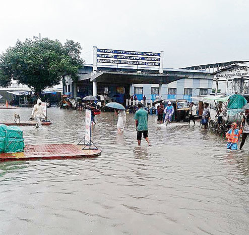 Waterlogging in Siliguri, yellow alert  on the banks of Teesta river
