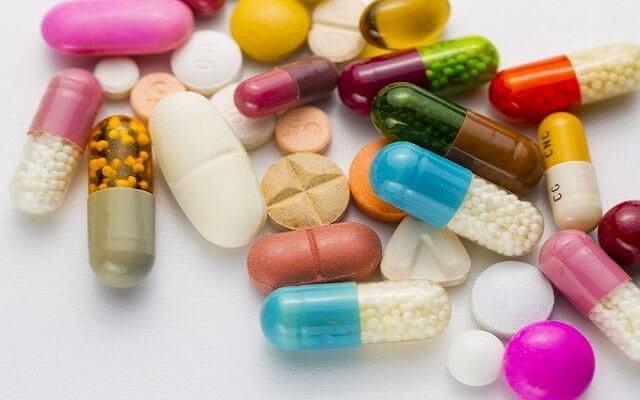 İlaçların-zararlı-yan-etkileri