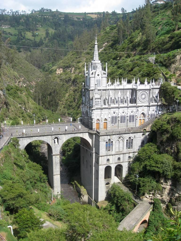 Las+Lajas+Sanctuary+Church+Colombia+Santuario+2.jpg (768×1024)