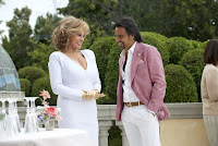 How to be a Latin Lover Raquel Welch and Eugenio Derbez Image 1 (42)