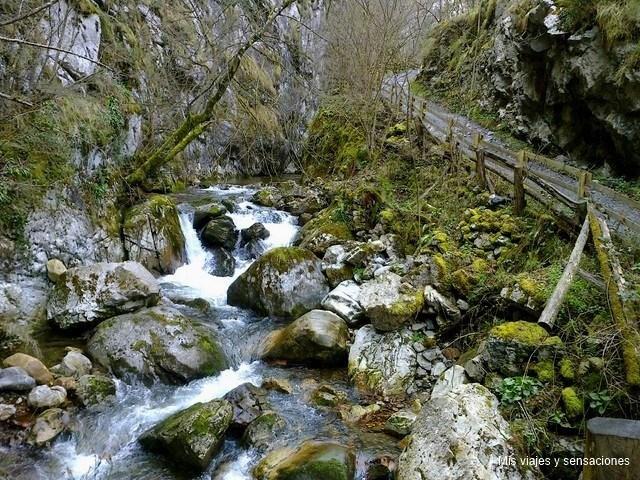 El desfiladero de los arrudos, Parque Natural de Redes, Asturias