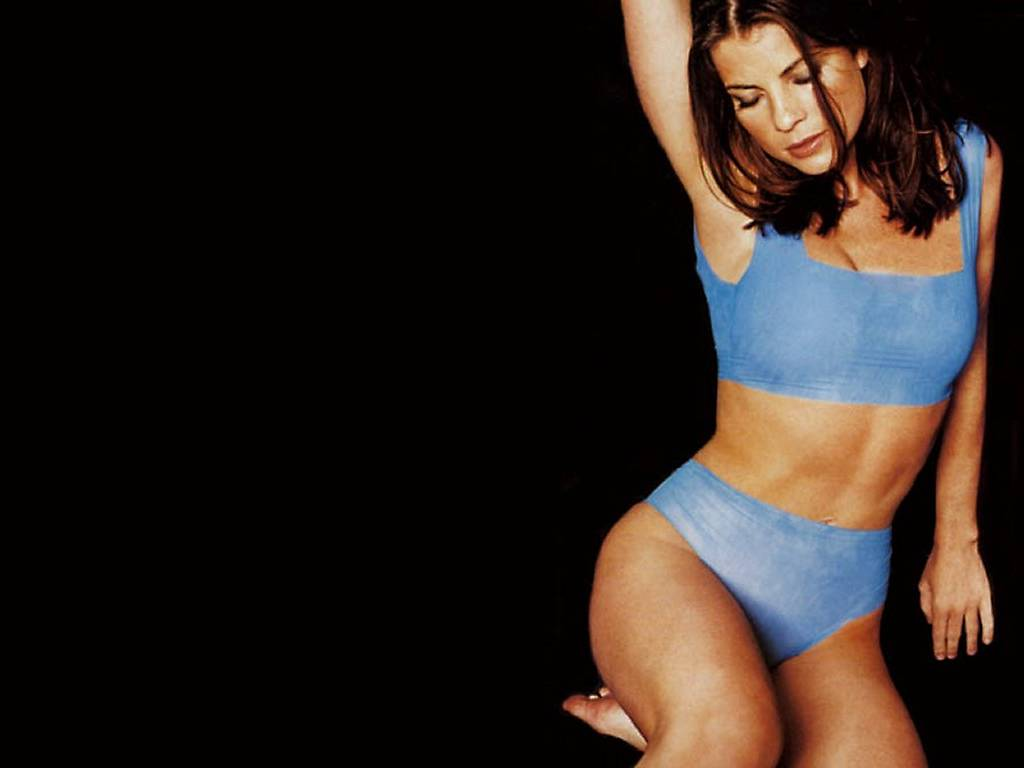 Yasmine Bleeth Sexy 46