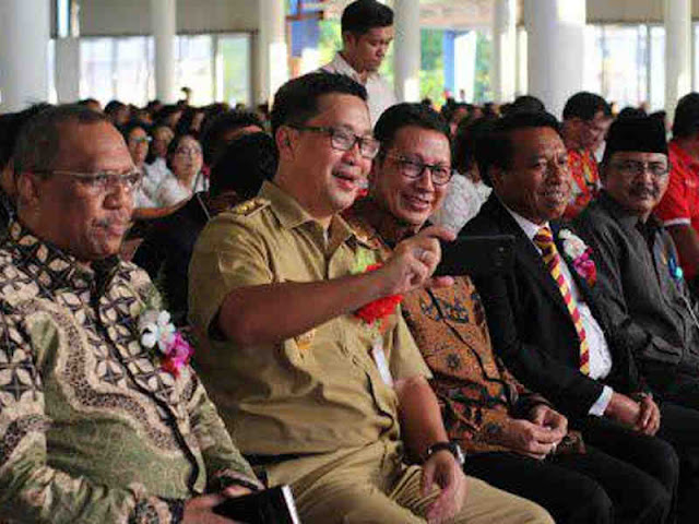 Rayakan Pentakosta, Lukman Saifuddin Ajak Umat Kristen Rawat Keberagaman dan Keharmonisan