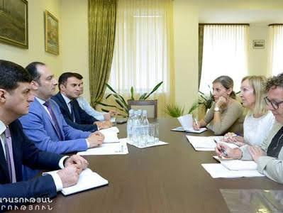 Delegación de OPIC llega a Armenia