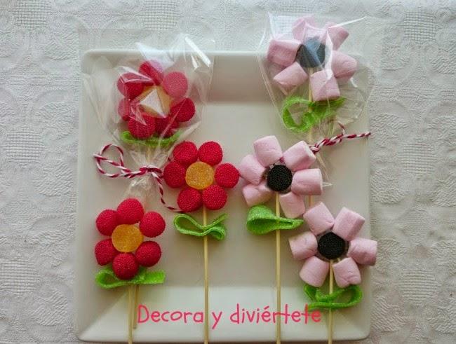 Como hacer una flor de chuches pocos pasos decora y for Centros de mesa con chuches