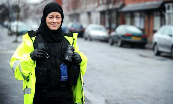 Jayne Kemp, Polisi Inggris Yang Jatuh Cinta kepada Islam, Begini Kisah Spiritualnya