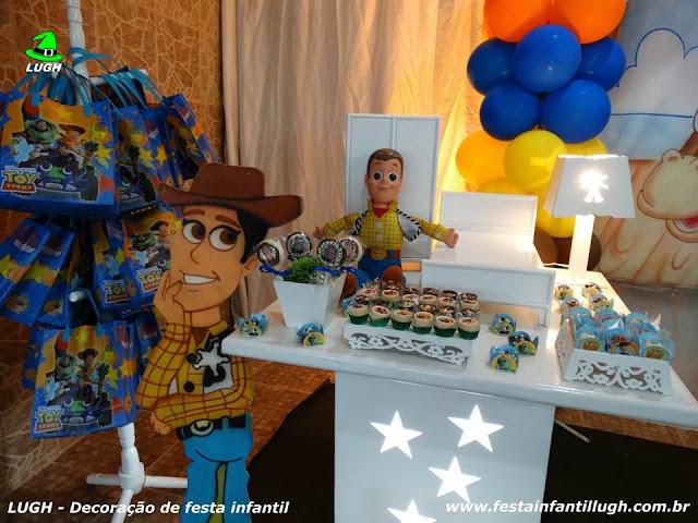 Festa infantil Toy Story - mesa decorada provençal luxo