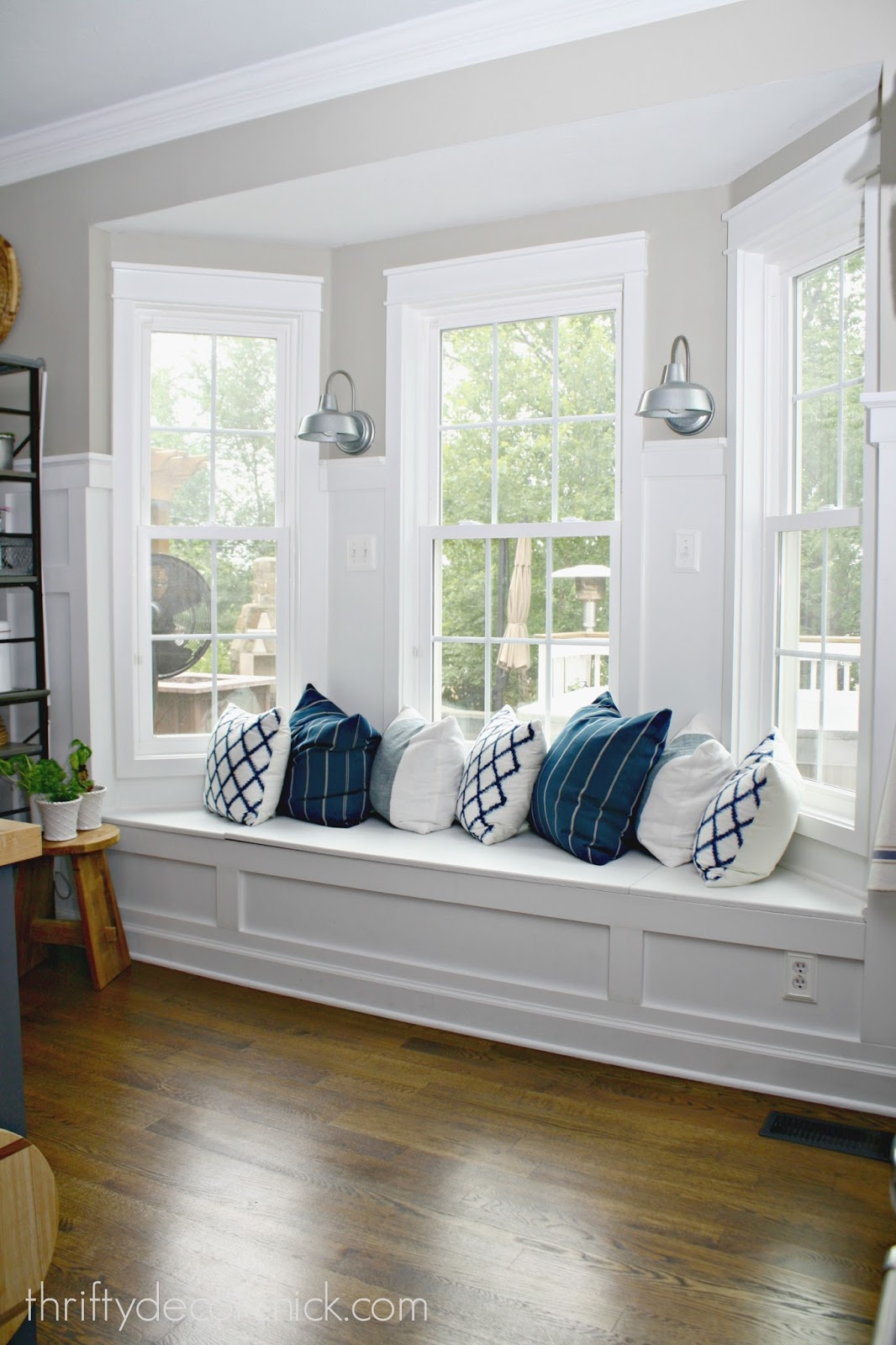window seat in bay window