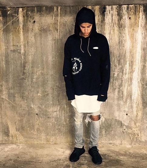 0cb0c29b32dc5 Celeb Sneaker Game  Justin Bieber Wearing adidas Yeezy Boost Shoes