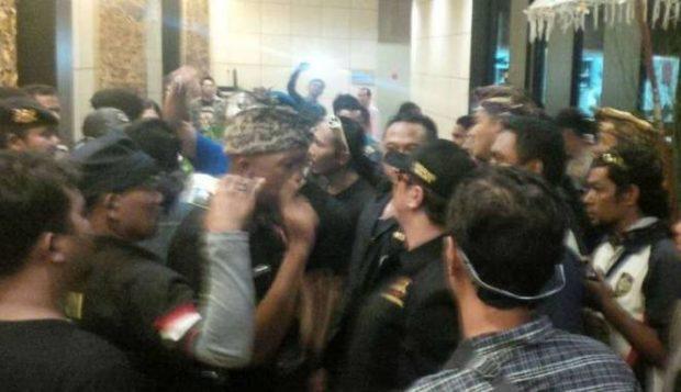 Dicecar Kata-kata Kasar oleh Oknum Bali, Ustad Abdul Somad: Saya Bukan Perampok