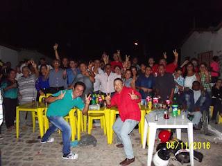Em Picuí caravana oposicionista faz a festa no forró do bairro Limeira