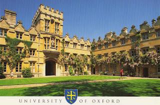 universitas favorit