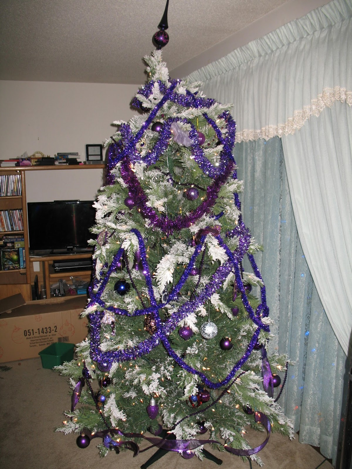 Cat S Crossing Back To My Purple Christmas Tree Skirt