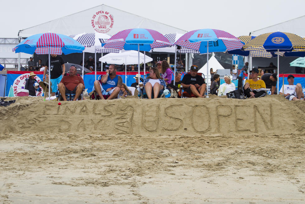 8 Fans at Finals Day Vans US Open of Surfing Foto WSL Sean Rowland