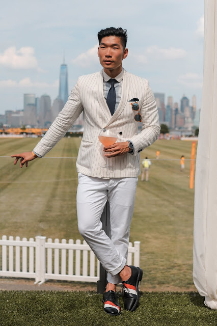 Men's All-White Summer Outfit