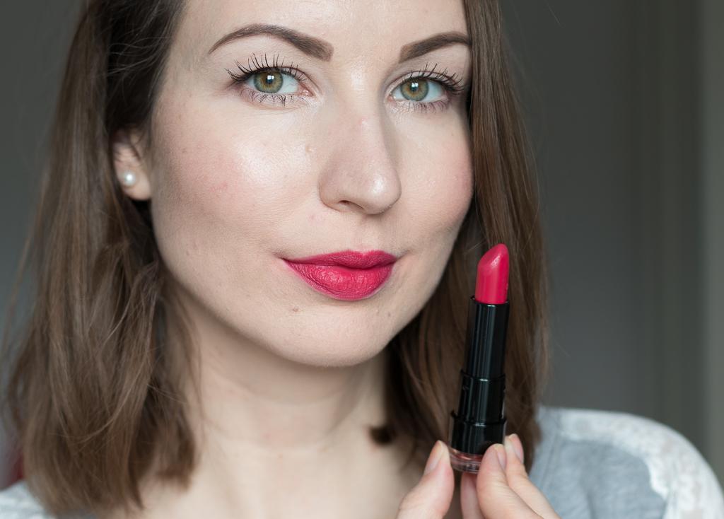 Trend It Up Ultra Matte Lipstick 040 matte