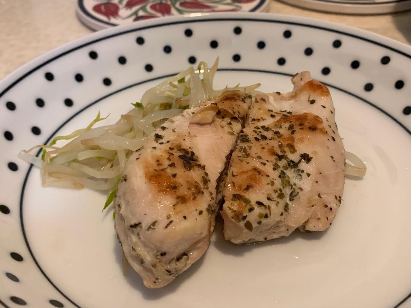 【食譜16】太神奇-之-乾煎雞胸肉軟嫩多汁不乾柴的作法! | Cranenana娜娜鶴